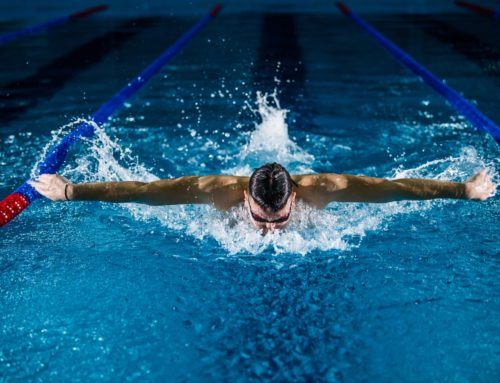 Are you a swimmer in Selden or Smithtown, NY with shoulder pain?